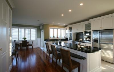 Praktická a zároveň moderní kuchyně? Žádný problém